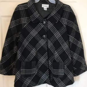 Super cute wool blend jacket/blazer